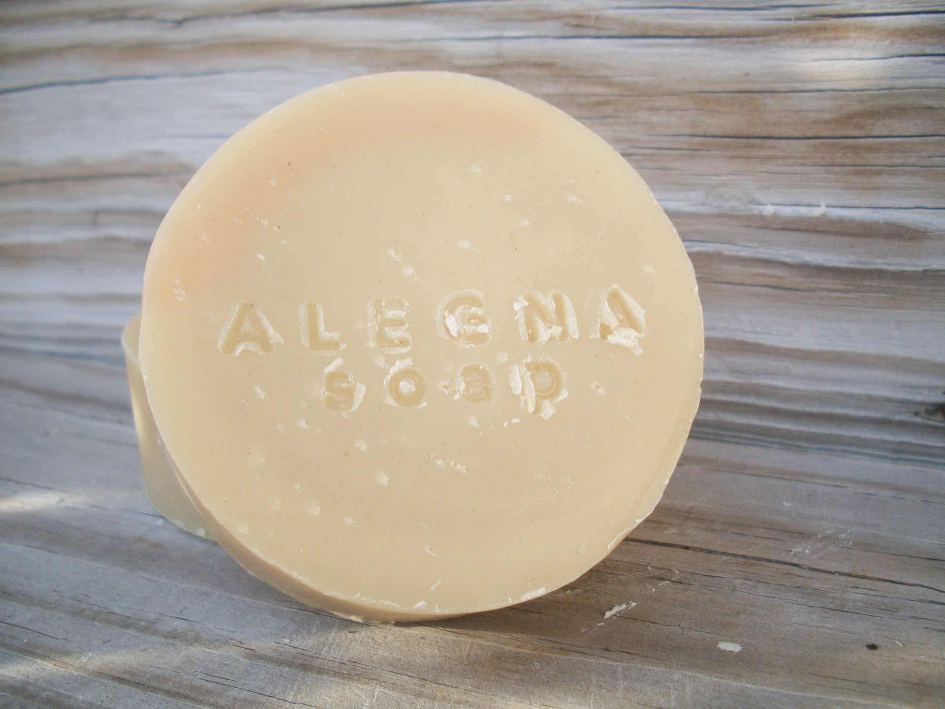 Alegna Soap® shaving soap with bentonite clay